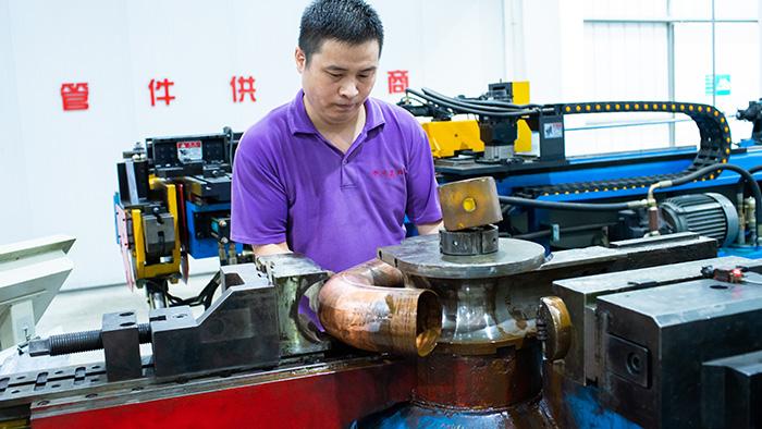 嘉科铜管-弯头生产