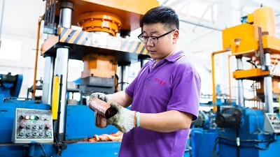 嘉科铜管-铜管件生产